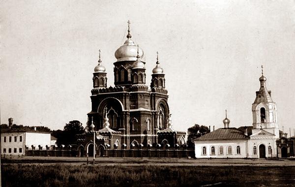 Экспедиции к выпаривателям родниковой воды - Страница 14 Tserkov_vsex_sviatyx_1917_600
